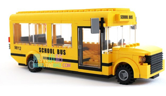 Kids Yellow Plastics DIY Building Blocks U.S. School Bus Toy