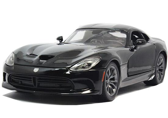 1:18 Scale Red / Black MaiSto Diecast Dodge 2013 SRT Viper GTS