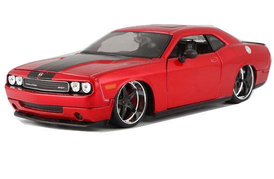 1:24 Scale Red / Blue Diecast 2008 Dodge Challenger SRT Model