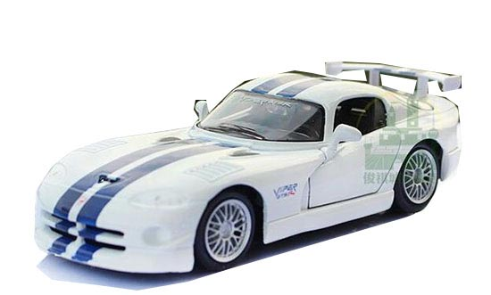 White 1:24 Scale MaiSto Diecast Dodge VIPER GT2 Model