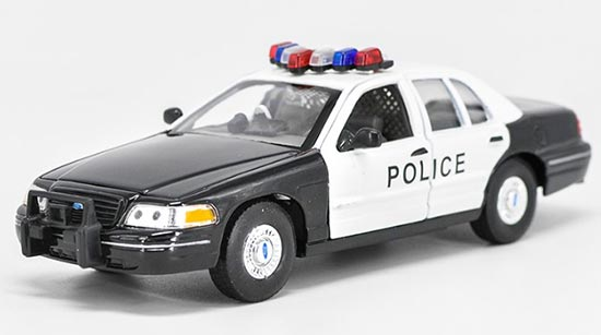 1:24 Scale Black Welly Diecast 99 Ford Crown Victoria Model