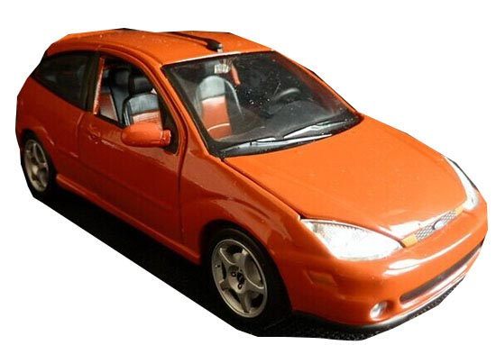 Bburago 1:24 Scale Orange Diecast Ford SVT FOCUS Model