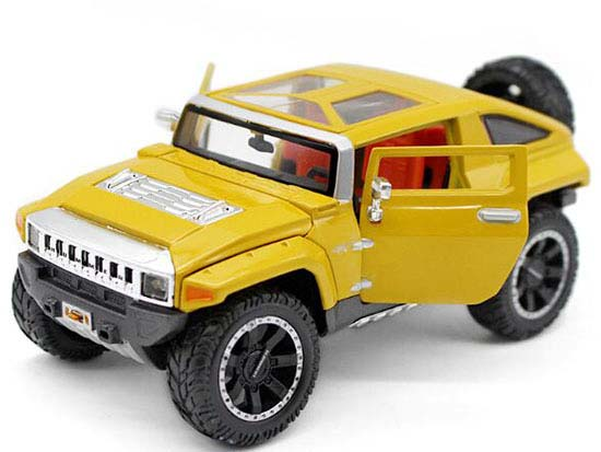 Blue / Yellow 1:24 Scale MaiSto Diecast Hummer HX Concept Model