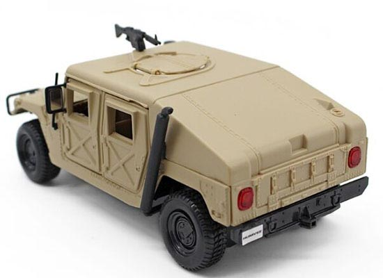 Creamy White 1:27 Scale MaiSto Diecast Military Hummer Model
