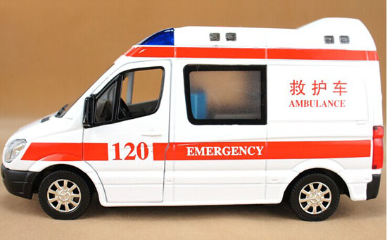 White 1:32 Scale Kids Diecast Mercedes-Benz Ambulance Van