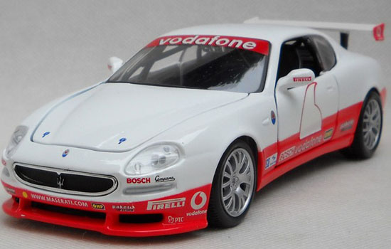 Red-White 1:24 Scale Bburago Diecast Maserati Trofeo Model