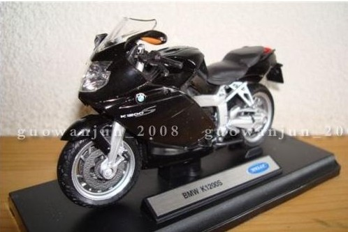 1:18 Scale Black Welly Die-Cast BMW K1200S Model