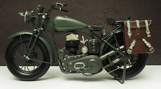 Army Green Medium Tinplate Vintage 1943 Harley Davidson WLA