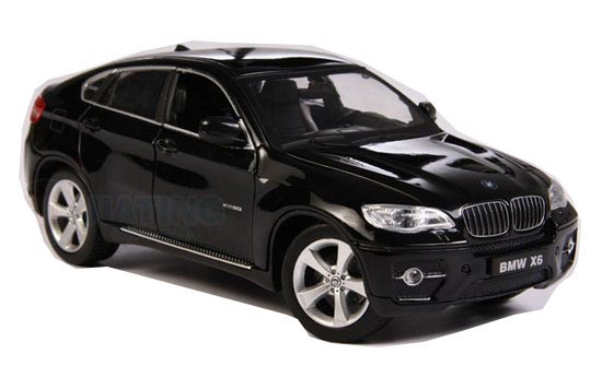 1:24 Scale White / Black Diecast BMW X6 Model