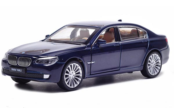 1:32 Scale Gray / Blue / Silver / Red Diecast BMW 760 Li Toy