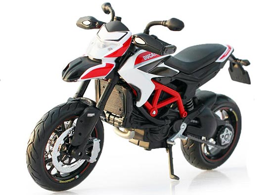 Black 1:12 Scale MaiSto Diecast Ducati Hypermotard SP Motorcycle