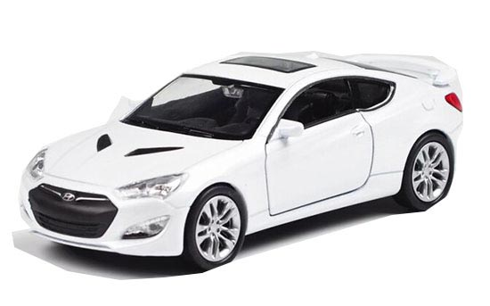 White 1:36 Scale Welly Kids Diecast Hyundai Genesis Coupe Toy