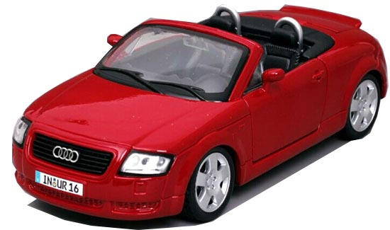 Red 1:24 Scale MaiSto Diecast Audi TT Roadster Model