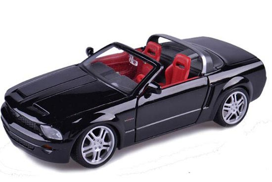 Black 1:24 Scale MaiSto Diecast Ford Mustang GT Convertible