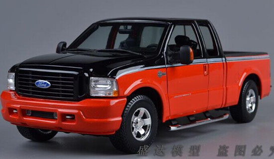 Red / Black 1:18 Scale MaiSto Die-Cast Ford F-150 Pickup Model