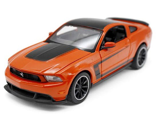 Orange 1:24 Scale MaiSto Diecast Ford Mustang Boss 302 Model
