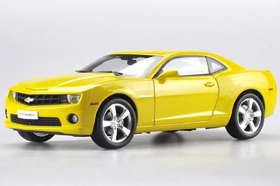 Black / Yellow 1:18 Scale Diecast Chevrolet Camaro Model
