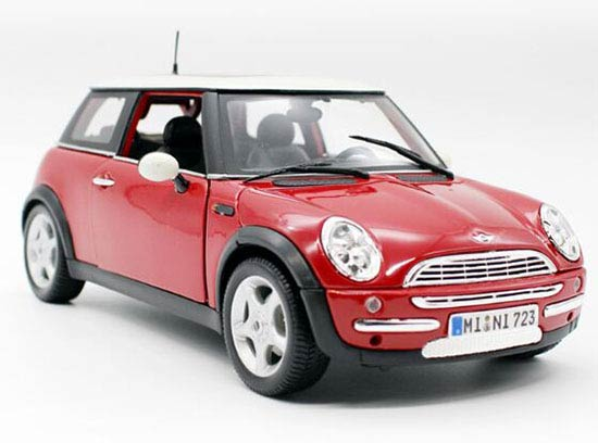 Wine Red 1:24 Scale MaiSto Diecast MINI Cooper Model