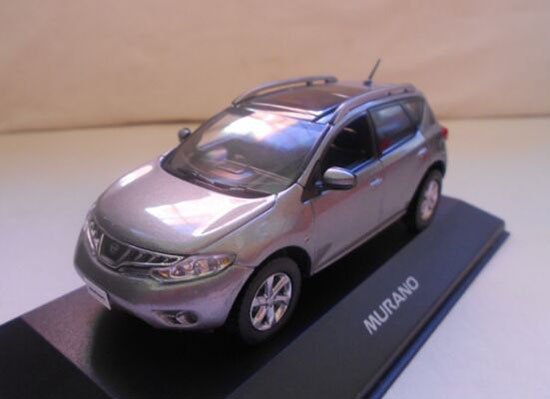 Silver / Gray 1:43 Scale Die-Cast Nissan MURANO Model
