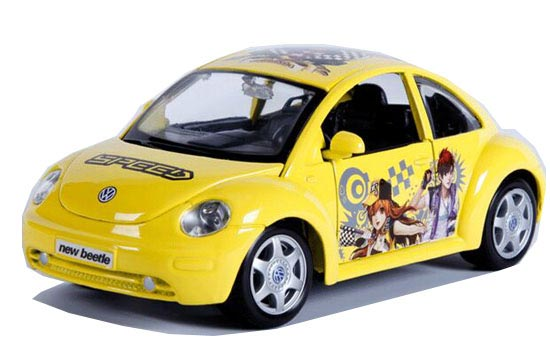 Yellow 1:24 Scale MaiSto QQ Speed Diecast VW New Beetle Model