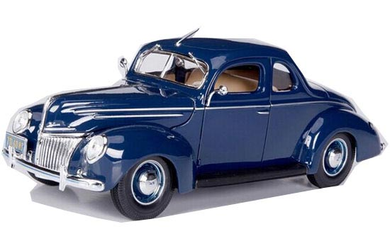 Blue 1:18 Scale MaiSto Diecast 1939 Ford Deluxe Coupe Model