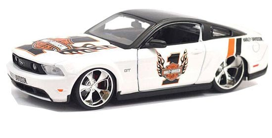 1:24 White Harley Davidson Diecast 2011 Ford Mustang GT Model