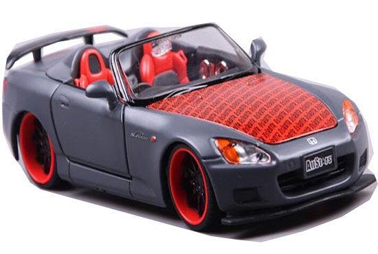 Red-Gray 1:24 Scale MaiSto Diecast Honda S2000 Model