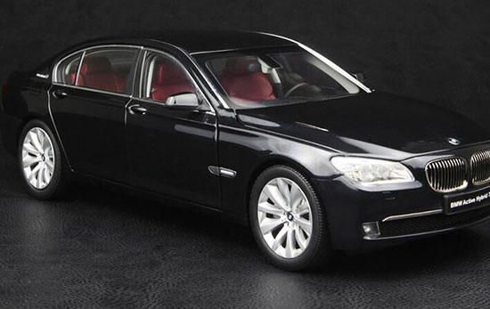 Black / Blue 1:18 Scale KYOSHO Diecast BMW Active Hybrid 7 Model
