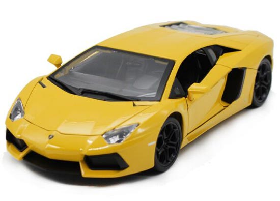 Yellow / Red / Blue / White 1:18 Lamborghini Aventador LP700-4