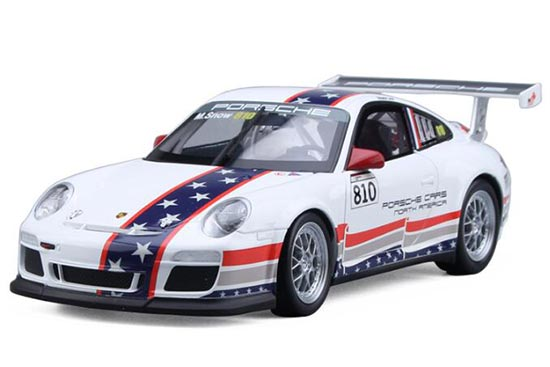Yellow / White 1:18 Scale Die-Cast Porsche 911 GT3 Model