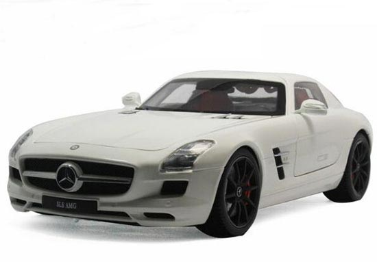 Red / Gray / White 1:18 Diecast Mercedes-Benz SLS AMG Model