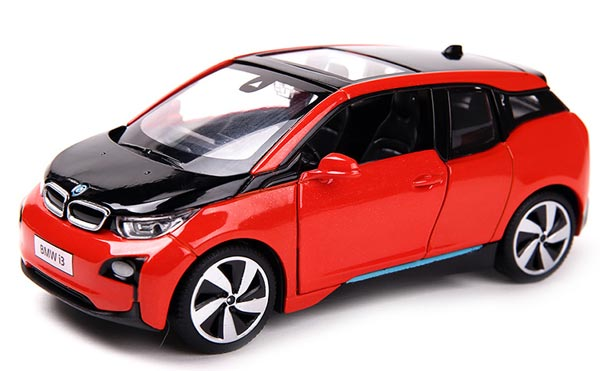 Kids 1:32 Scale Green / Blue / White / Red Diecast BMW I3 Toy