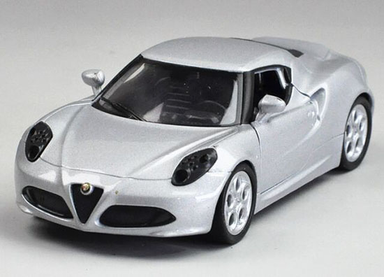 Silver 1:36 Scale Kids Welly Diecast Alfa Romeo 4C Toy