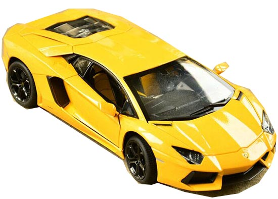 Orange / White /Yellow 1:18 Diecast Lamborghini Aventador Model