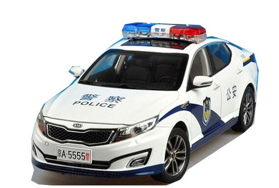 White 1:18 Scale Police Theme Diecast KIA K5 Model