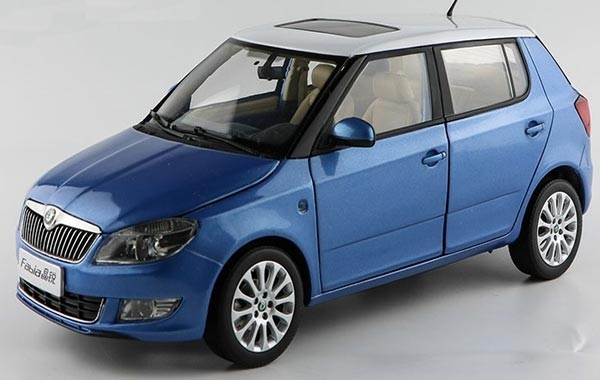 Blue / Yellow / Red 1:18 Scale Diecast Skoda New Fabia Model
