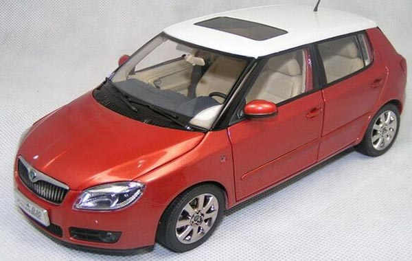 Blue / Orange 1:18 Scale Diecast Skoda Fabia Model