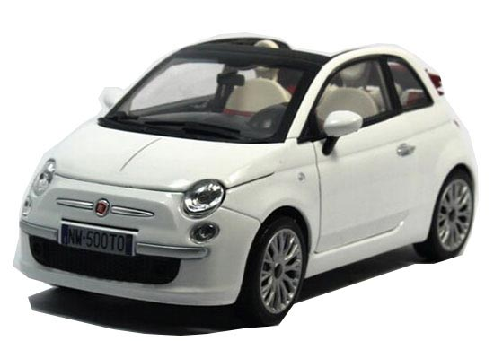 White 1:24 Scale Motorama Diecast Fiat 500 Model
