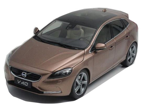 White / Champagne 1:18 Scale Diecast VOLVO V40 Model