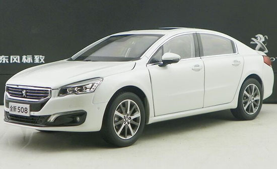 Black / White 1:18 Scale Diecast Peugeot 508 Model
