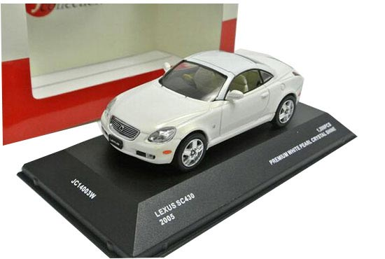 White /Silver 1:43 Scale J-collection Diecast Lexus SC430 Model