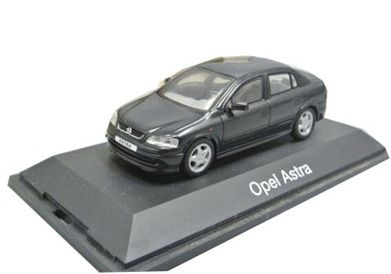 Black 1:43 Scale Schuco Diecast Opel Astra Model