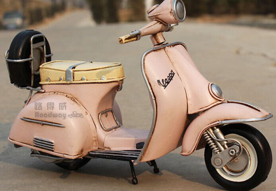 Handmade 8.66 Inch Pink Tinplate 1955 Vespa Scooter Model