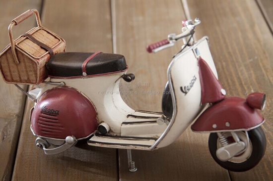 Tinplate Red-White Vintage Vespa Scooter Model With Basket