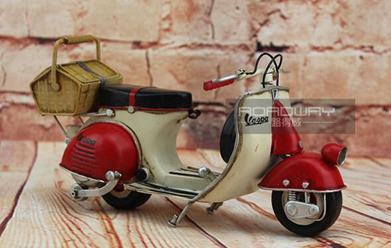 Red-White Handmade Medium Scale Tinplate Vespa Scooter Model