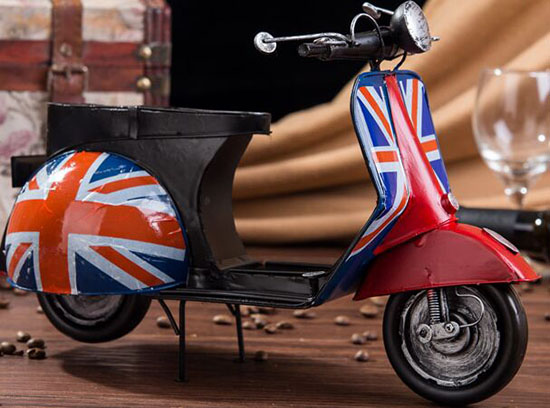 Handmade Union Flag Pattern Tinplate 1951 Vespa Scooter Model