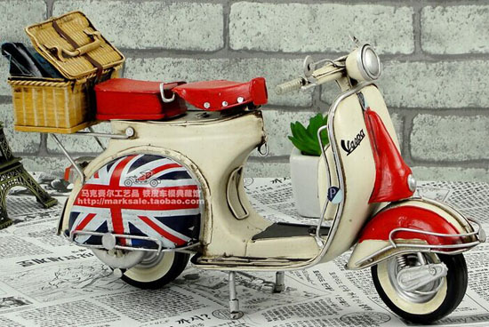 Handmade Tinplate Red Union Flag pattern Vespa Scooter Model