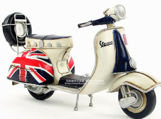 Handmade Tinplate Union Flag Pattern Retro Vespa Scooter Model