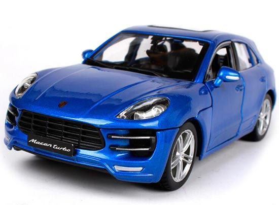 Blue 1:24 Bburago Assembly Die-Cast Porsche Macan Model