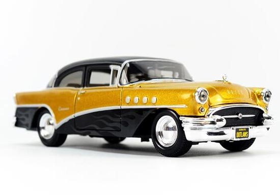 Maisto Black-Golden 1:26 Diecast 1955 Buick Century Model